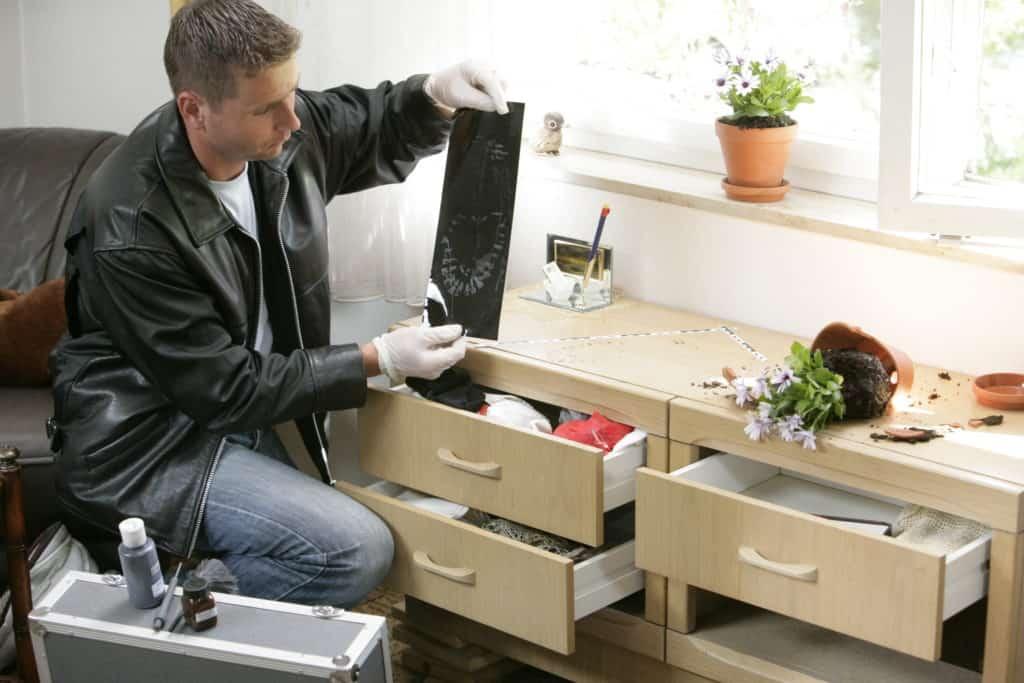 das haus mit kagerer vor einbruch sch tzen blizz regensburg. Black Bedroom Furniture Sets. Home Design Ideas