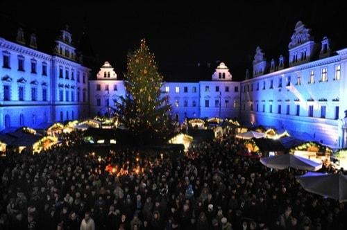 romantischer weihnachtsmarkt auf schloss thurn und taxis in regensburg blizz regensburg. Black Bedroom Furniture Sets. Home Design Ideas
